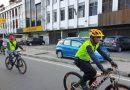 Kapolsek Medan Timur Berbagi Dengan Warga Kurang Mampu pada Jum'at Barokah