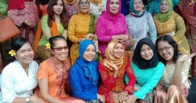 Cinta Budaya Indonesia Melalui Kebaya Khas Indonesia Digelar