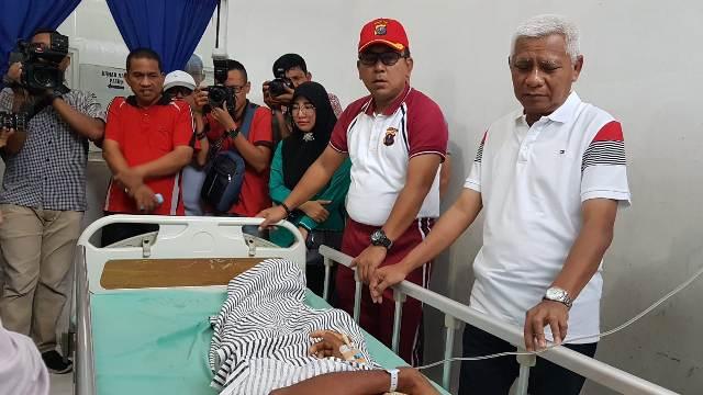 Bupati Asahan Kunjungi Korban keracunan Massal, Pembiayaan Ditanggung Pemkab