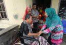 Alami Kelumpuhan, Parman dapat Bantuan Kursi Roda dari Ketua PKK Asahan