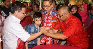 Akhyar Imlek di Dua Kediaman Tokoh Tinghoa, Semuanya Bersatu dalam Keharmonisan di Medan