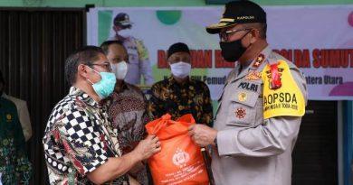 PW Muhammadiyah Sumut Terima 500 Bantuan Paket Sembako dari Kapoldasu