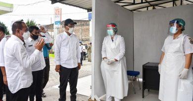 Pertahankan Humbahas Zona Hijau, Gubernur Salurkan Bantuan Alat Kesehatan