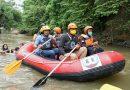 Bobby Nasution  Bersama Kopasude dan Anak-anak Menyusuri Sungai Deli, Sanggar Pendidikan Didirikan