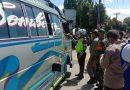 Petugas Periksa Angkutan Umum dan Kendaraan Pribadi Masuk Kota Medan