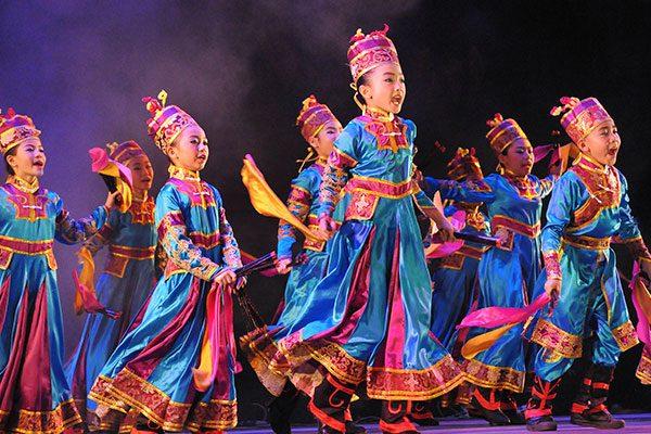 """Discover Sarawak, Bumi Kenyalang"""" Jelajah Budaya Hingga Festival Internasional"""
